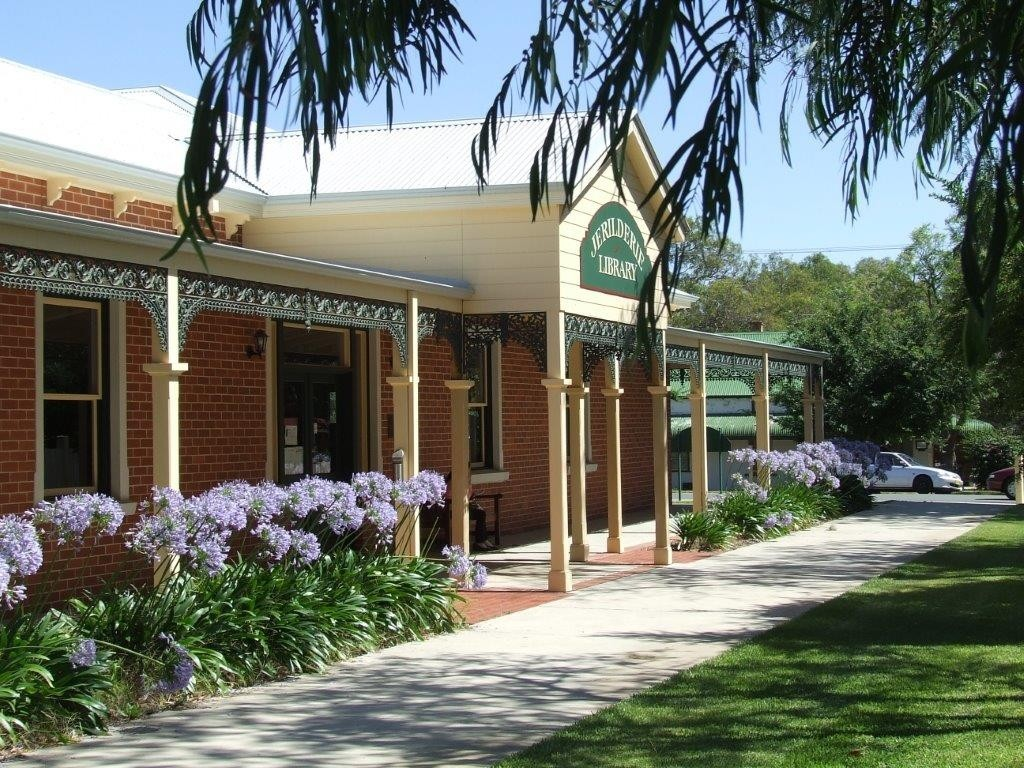 Jerilderie Shire Library